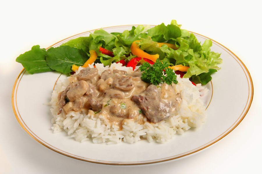 Easy Crock Pot Beef Stroganoff