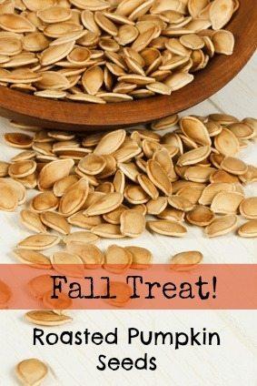 Fall Treat: Roasted Pumpkin Seeds. Easy DIY savory crunchy pumpkin seeds!